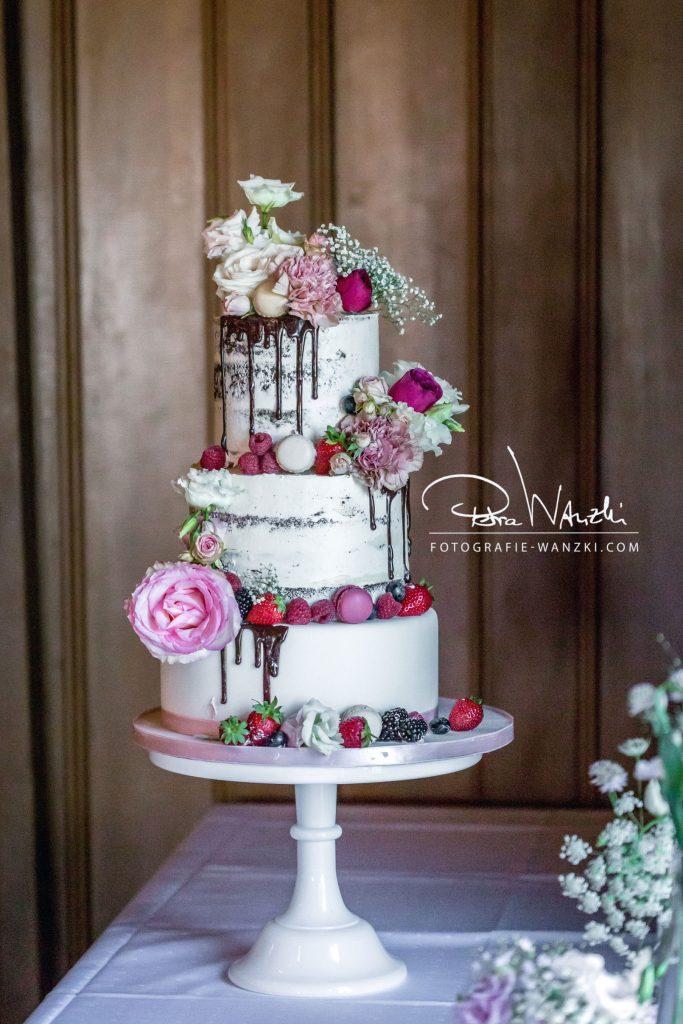 Hochzeitstorte fotografiert von Hochzeitsotografie Wanzki Winterthur